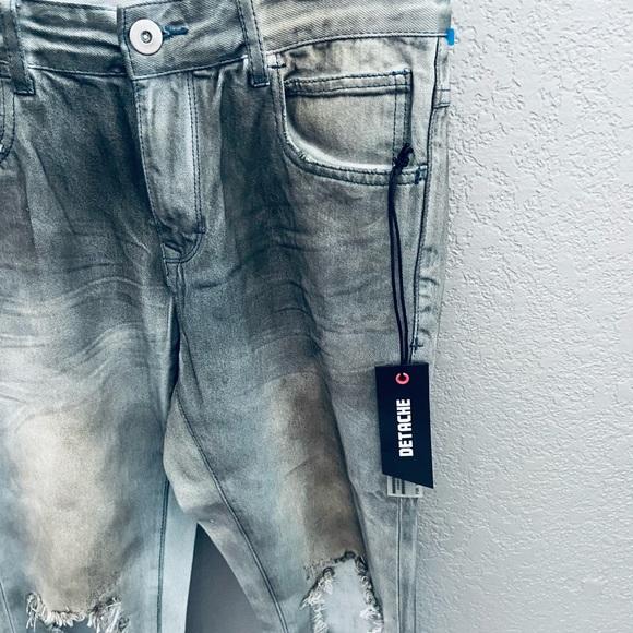NEW! Detache Labs Gray Distressed Denim Jeans